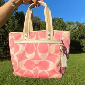 "Vintage ""Poppin' Pink"" Offical Coach Purse"